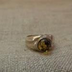Ring (18)